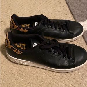 Leopard Adidas Stan Smith sneakers